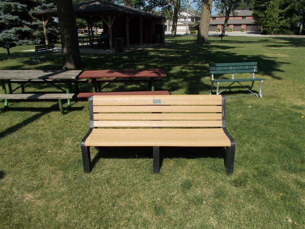 Iowa Is Turning Plastic Bags Into Park Benches